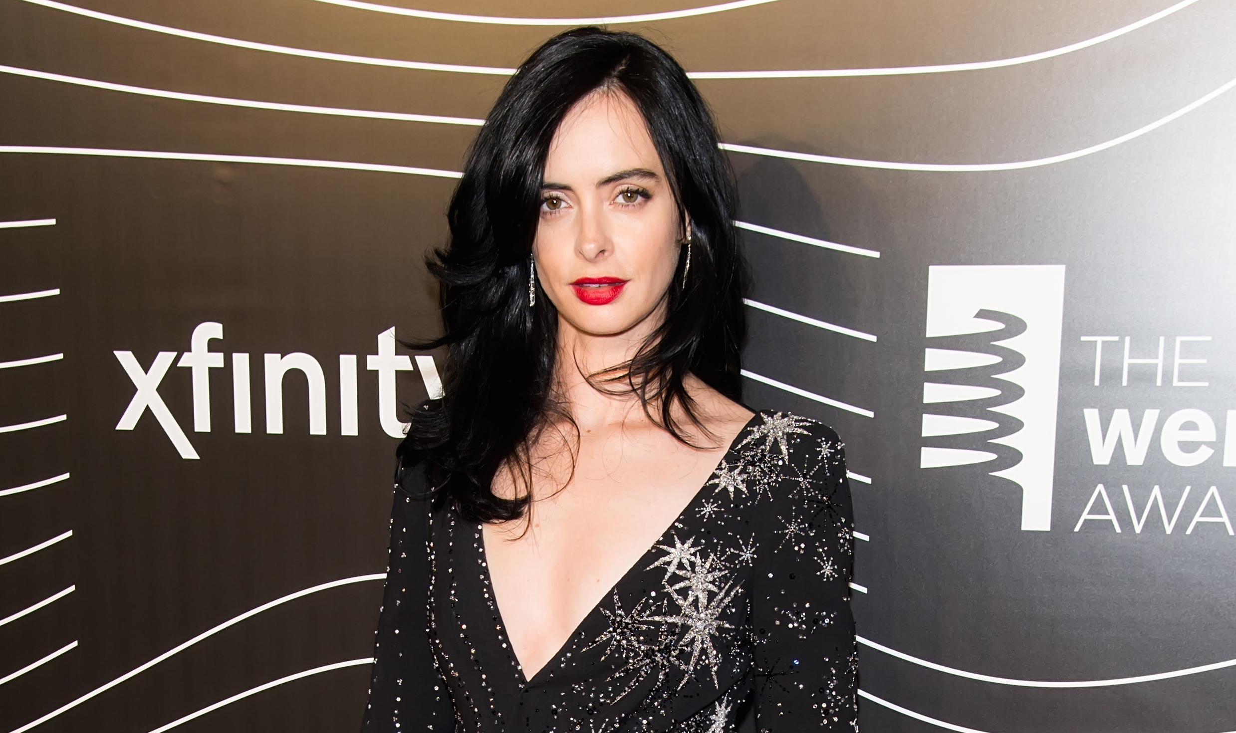 We cannot stop staring at the spellbinding shoes Krysten Ritter (aka Jessica Jones) just rocked