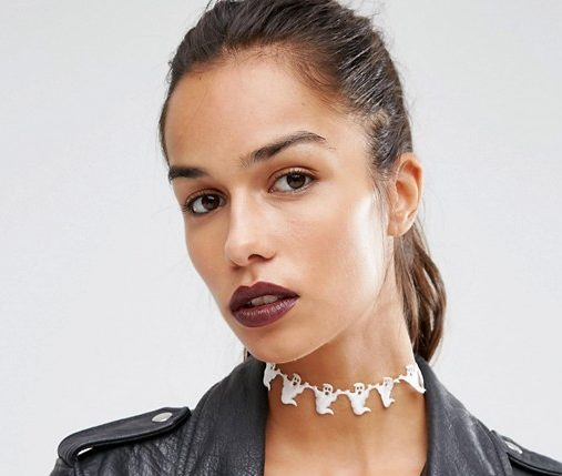 Halloween chokers are the October trend we need in our autumn lives