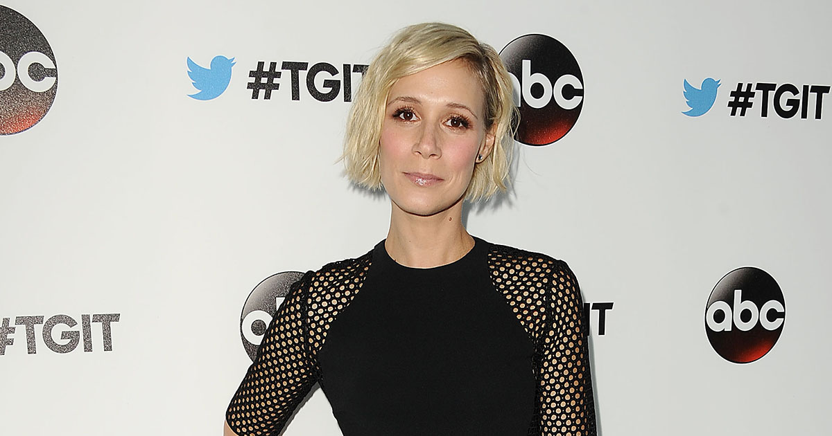 "Liza Weil has been talking about Paris Geller and it's tickling our ""Gilmore Girls"" tastebuds"