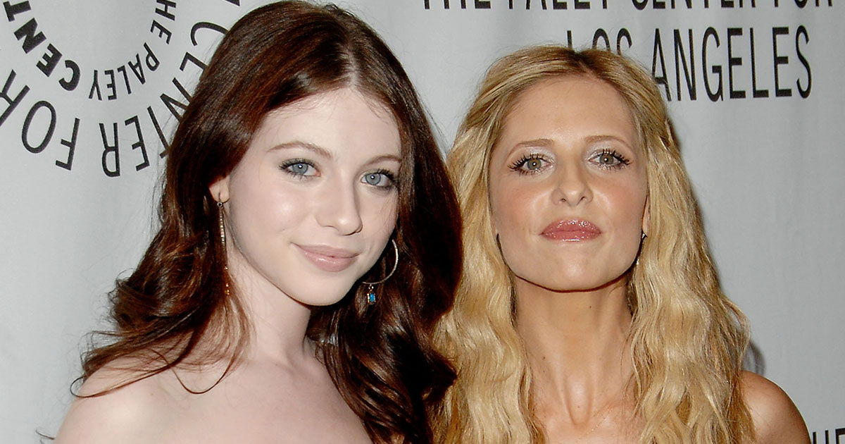 """Sarah Michelle Gellar wished Michelle Trachtenberg happy birthday with a """"Buffy"""" joke and we can't stop laughing"""