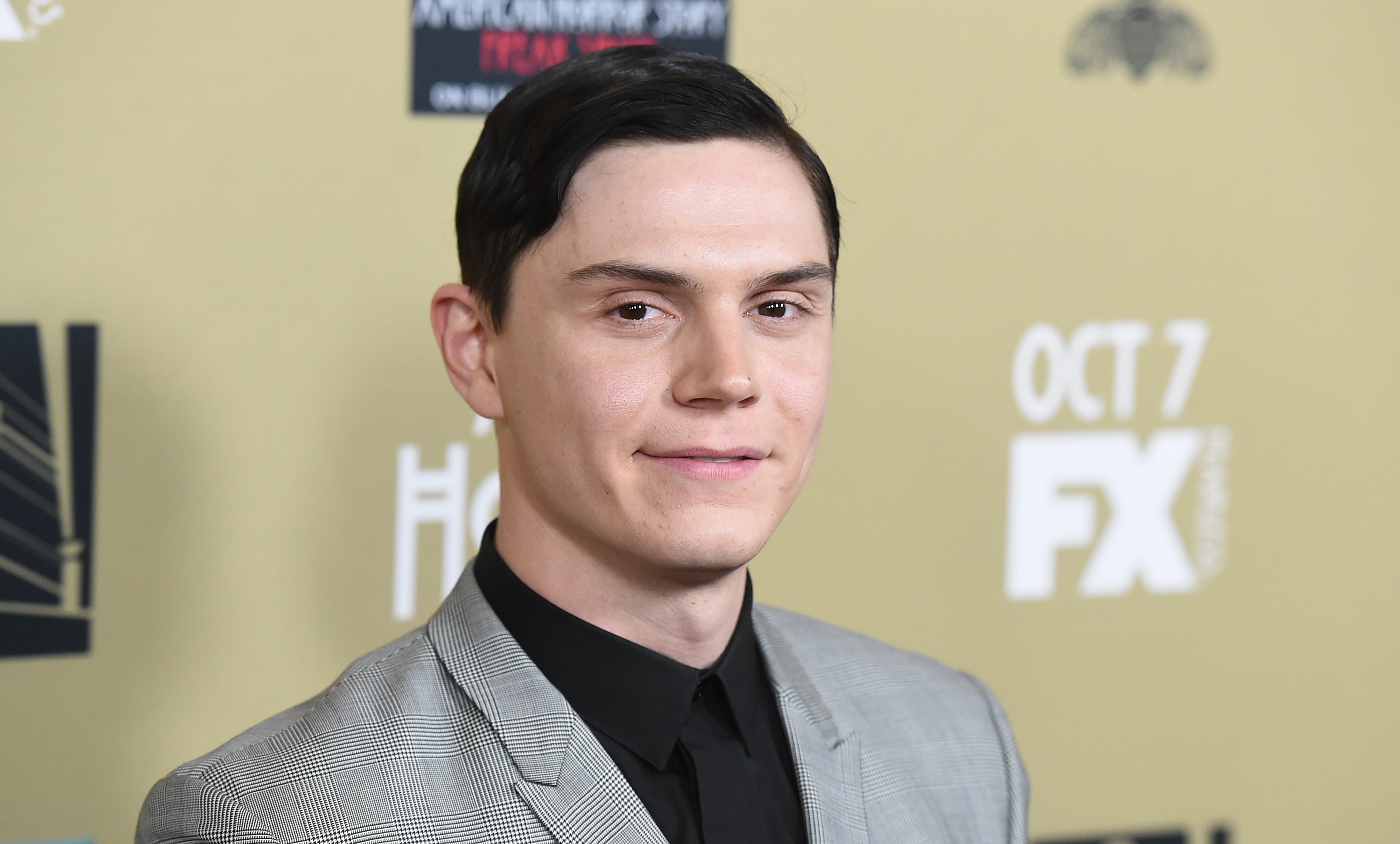 "Evan Peters' character is finally revealed on ""American Horror Story"" and it's not who we were expecting"