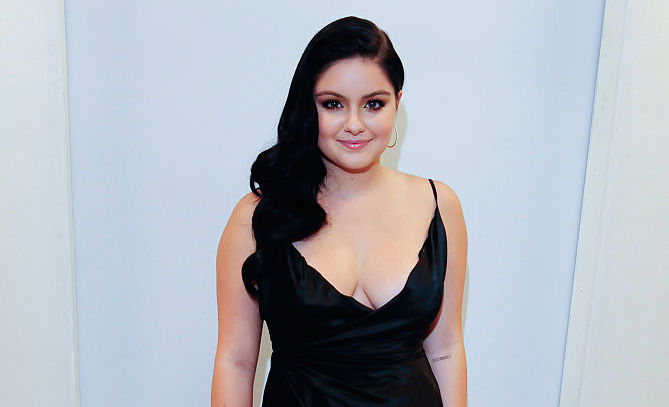 Ariel Winter's latest exposed bra look is empowering AF