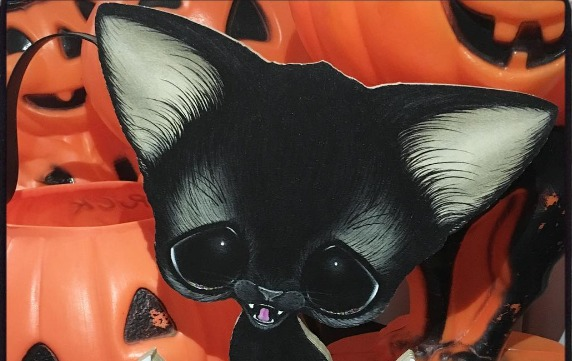 This artist's cat paintings are the ~purrrfect~ blend of spooky and cute