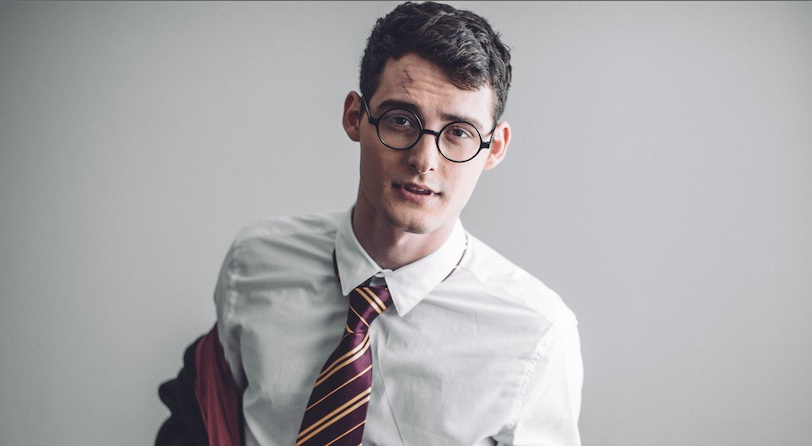 This sexy Harry Potter photo shoot with a male model is giving us major special feelings