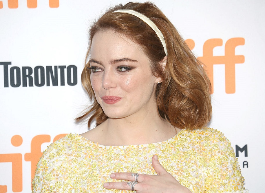 Emma Stone's advice to her younger self is super relatable