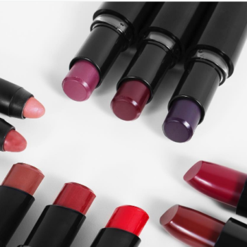 Wet n Wild is hooking us up with the most glorious lipstick deal