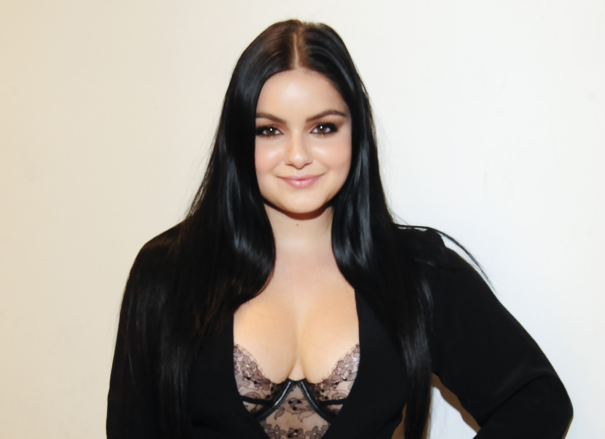 Ariel Winter's ruched little black dress is the chicest fashion choice we've seen all week
