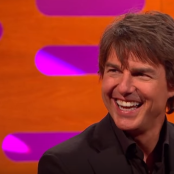 Tom Cruise can hold his breath for over 6 minutes and even hearing him talk about it is freaking us out