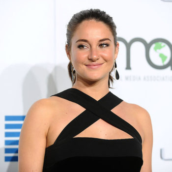 Shailene Woodley stunned in this criss-cross texturized dress