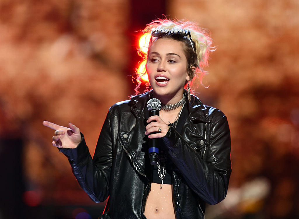 Miley Cyrus has THE most hilarious post for getting out the vote for Hillary Clinton