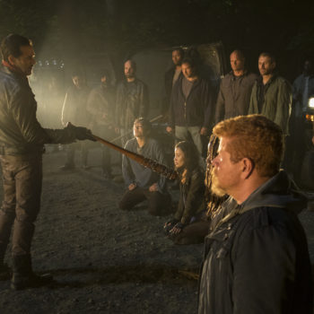 "Turns out the cast and crew of ""The Walking Dead"" have been lying to us for A YEAR"