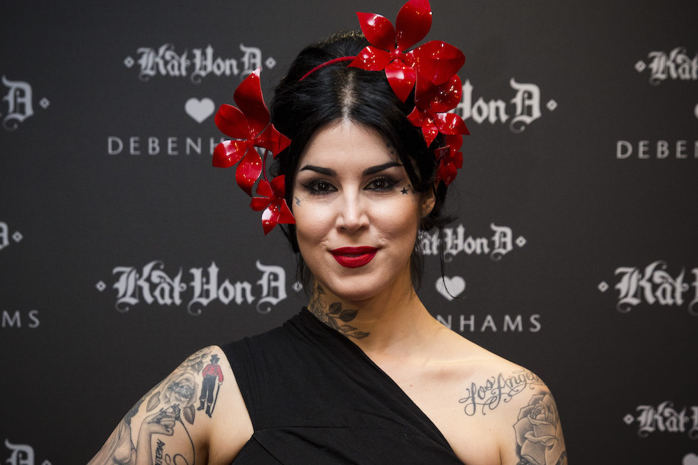 Thanks to Kat Von D, we can keep our makeup in check all day long with her new Lock-It setting mist