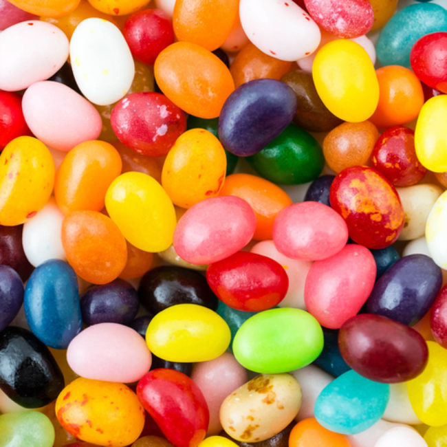 Here's what Halloween candy you'd be, based on your zodiac sign