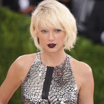 Fans have a theory that Taylor Swift is trying to send us a secret message with this piece of jewelry