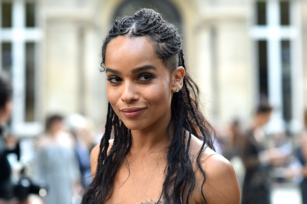 Zoë Kravitz just made this long, denim duster a thing we need