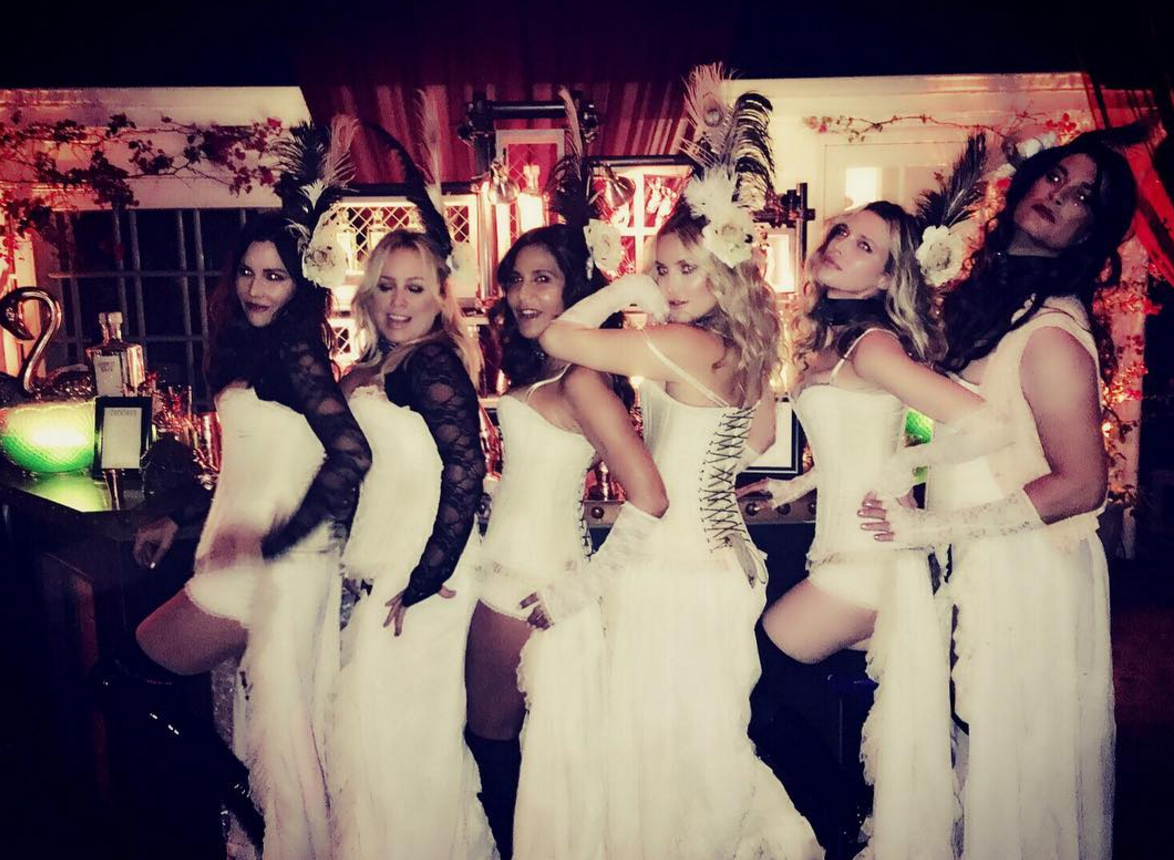 These pics from Kate Hudson's Halloween party are giving us major FOMO
