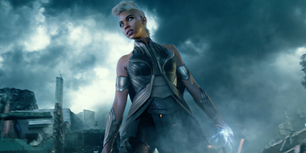 "Khloe Kardashian's Storm Halloween costume from ""X-Men"" is so on point we can't even"