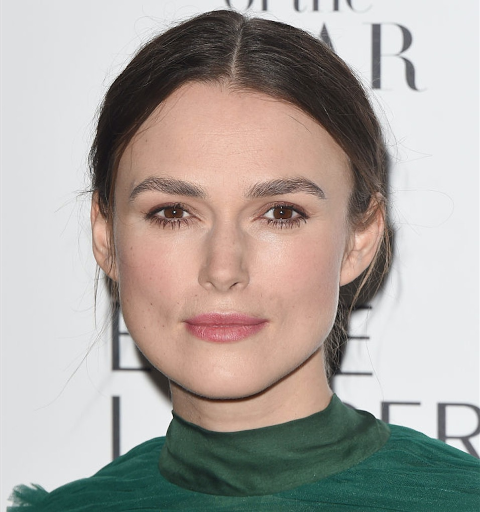 Keira Knightley looked enchanting in a gorgeous emerald green dress