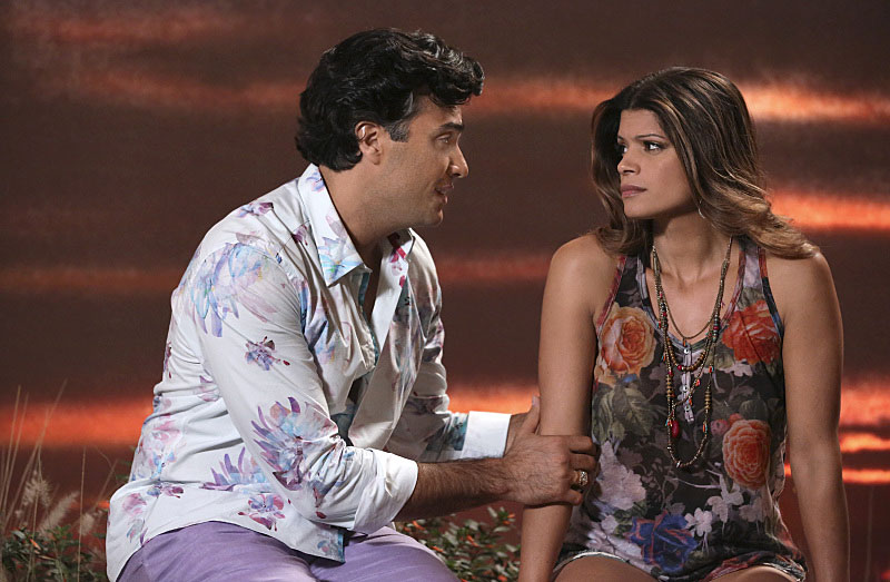 "Rogelio did this incredibly sweet thing for Xo on ""Jane the Virgin"" and it's TOO MUCH"