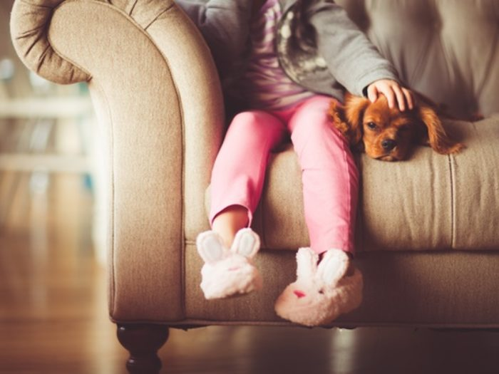 This new study explains how to help a child grieve the death of a beloved pet