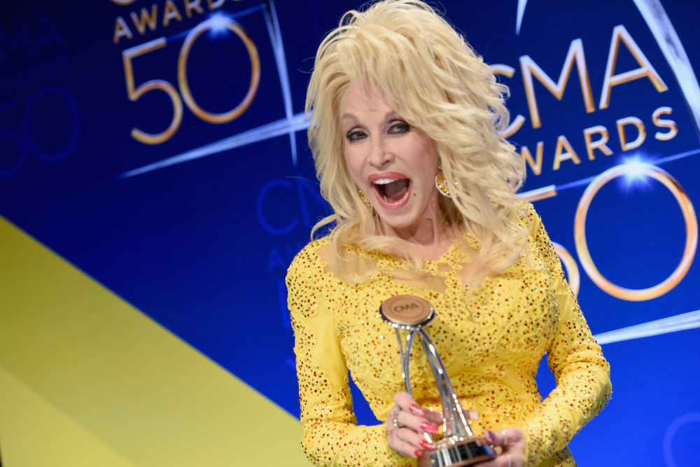 Dolly Parton's heartfelt CMAs tribute has our mascara running