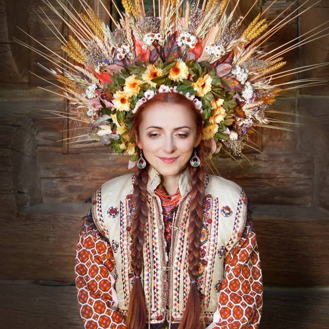 Ukrainian women are wearing traditional flower crowns for a boldly beautiful reason