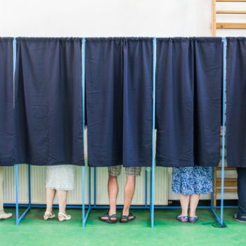 Why dating during an election will teach you a lot about yourself — and the person you're seeing