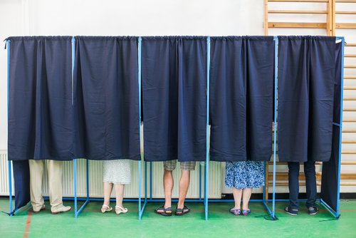 Why dating during an election will teach you a lot about yourself -- and the person you're seeing
