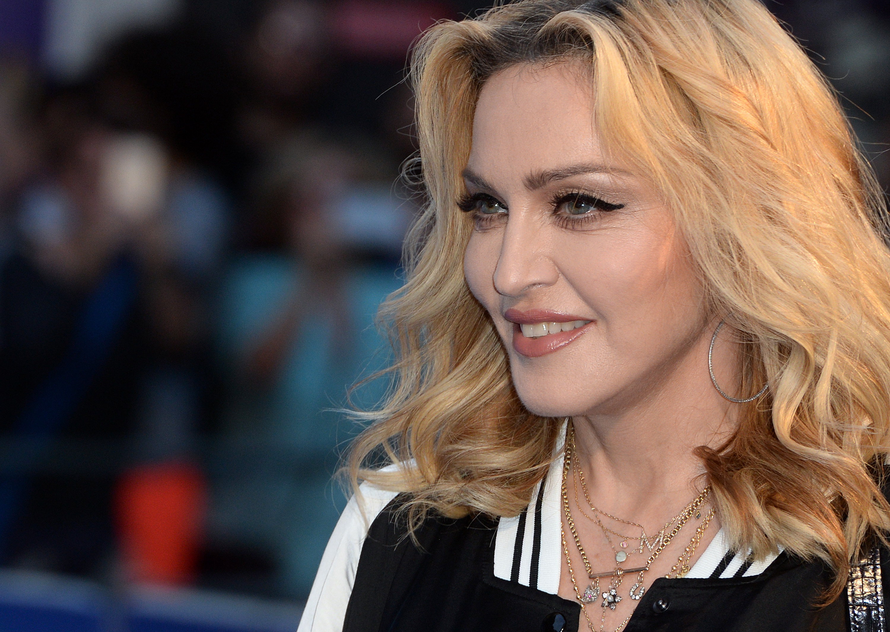 Madonna is doing a concert for Hillary Clinton