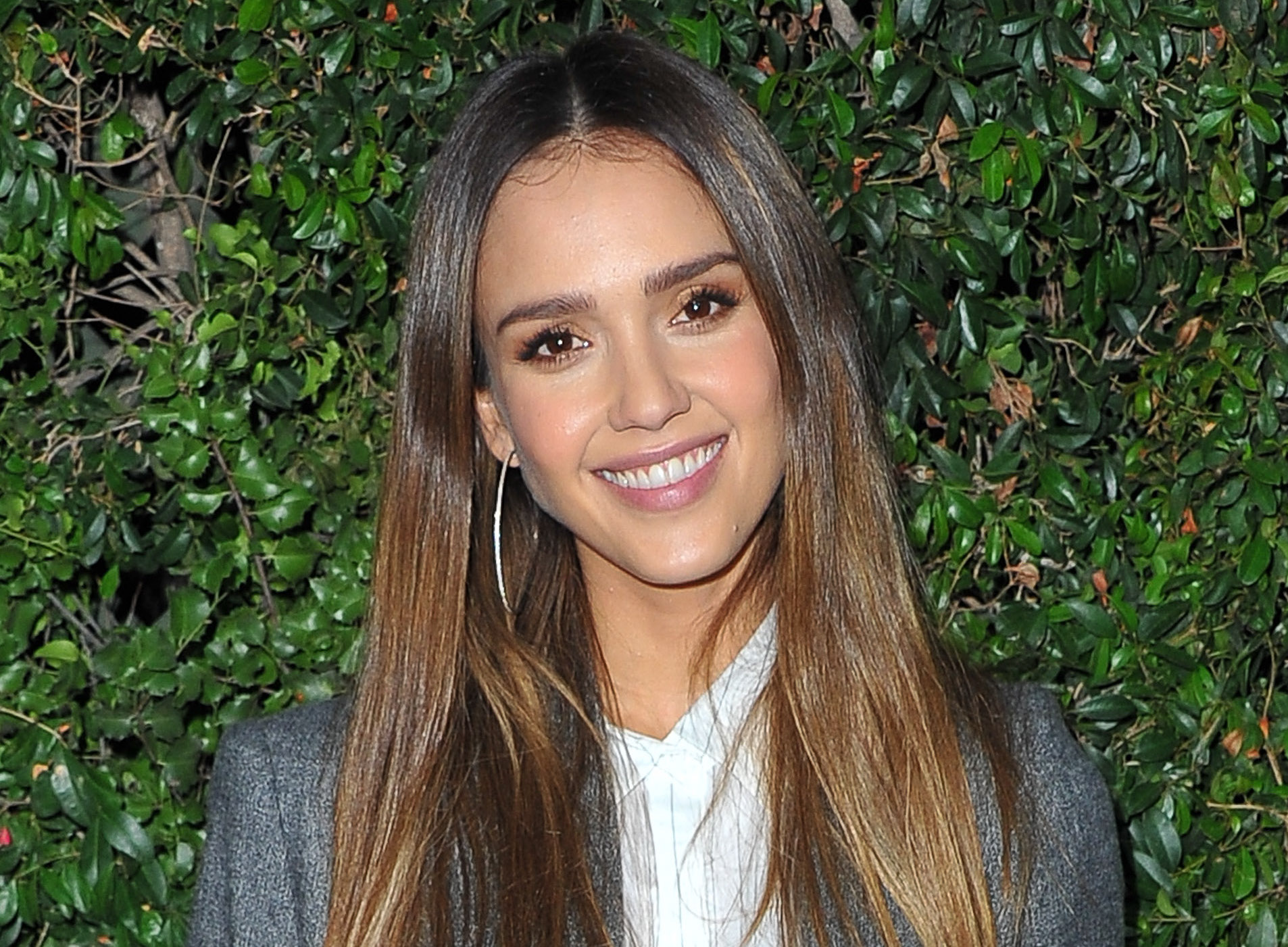 Jessica Alba is proof that we all need more turtlenecks and that they are shockingly sexy