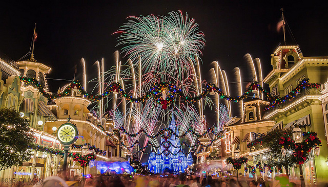 Disney World is going to have a holiday drone show this year, and what the what