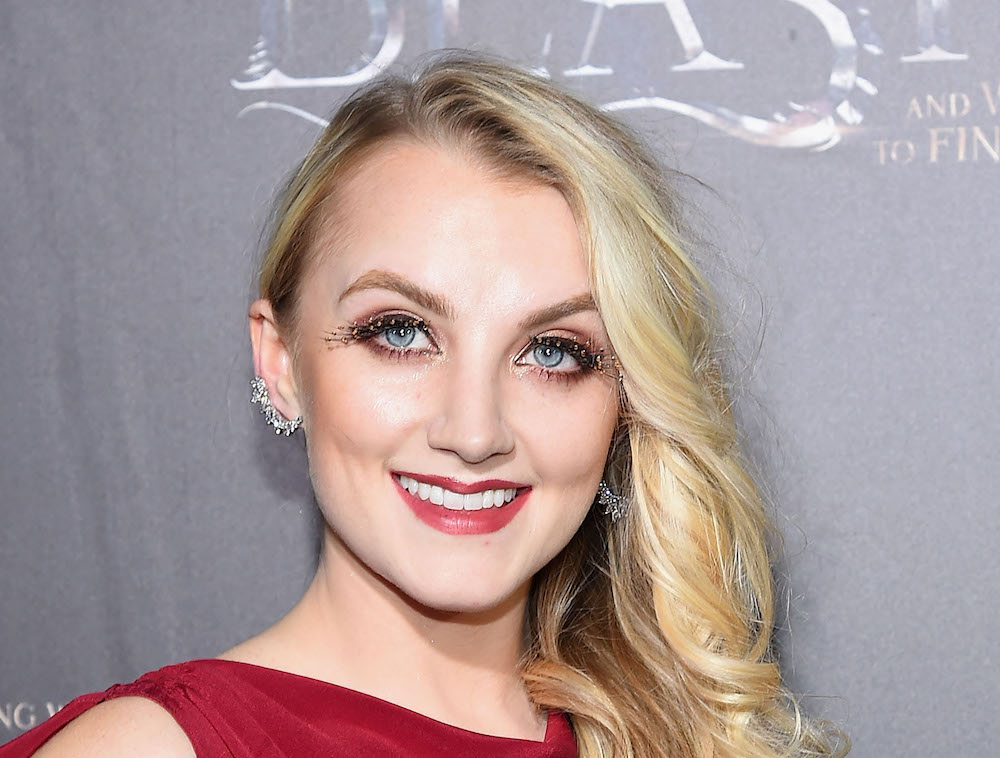 "Luna Lovegood looked drop dead gorgeous at the ""Fantastic Beasts"" world premiere"