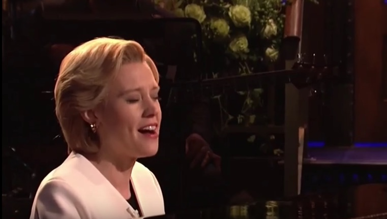 "Kate McKinnon sang ""Hallelujah"" as Hillary Clinton on 'SNL' and there are too many reasons to cry"