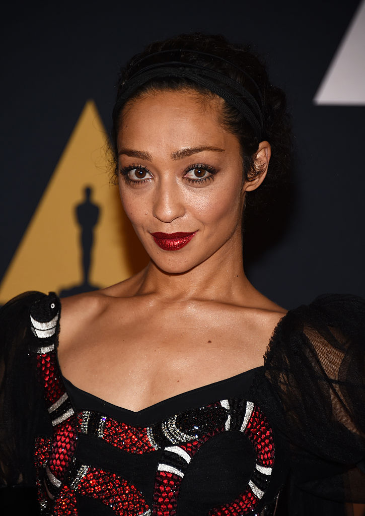 Ruth Negga Is Met Best Dressed 2017 Lainey: Ruth Negga Wore A Snake Dress On The Red Carpet And She