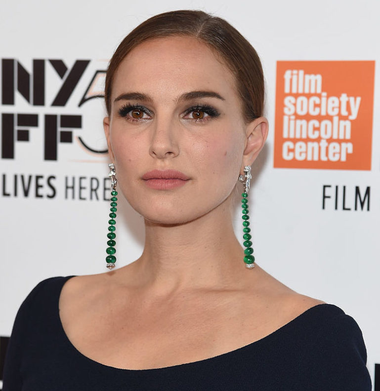 Natalie Portman channeled Cruella de Vil on her very first red carpet and it's fabulous