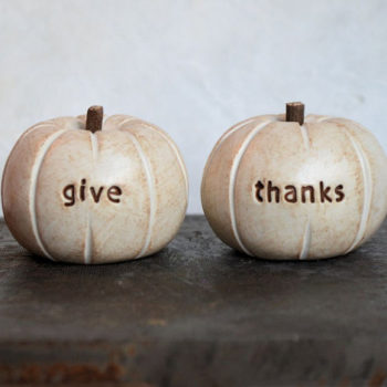 9 Etsy products under $25 to make your Thanksgiving super festive