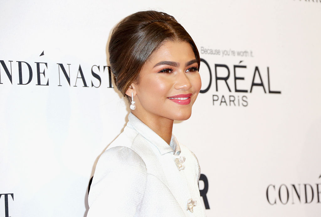 Help us figure out Zendaya's confusingly awesome ruffle-sleeve dress