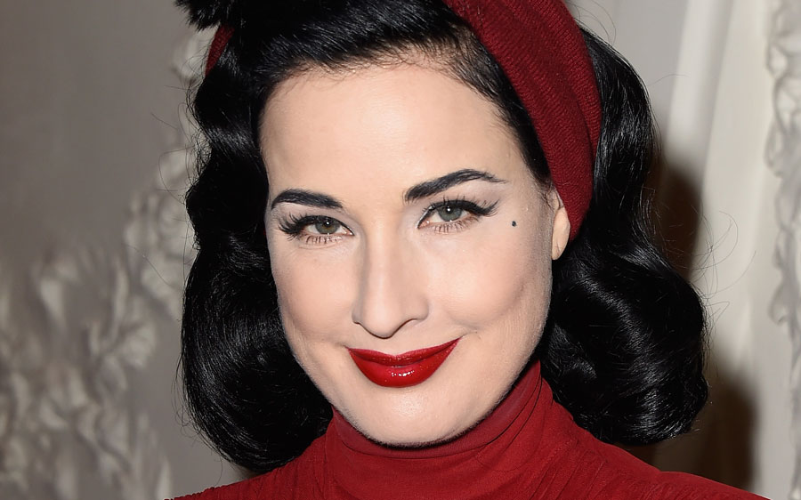 Dita Von Teese transformed into Grace Kelly with her latest Old Hollywood outfit
