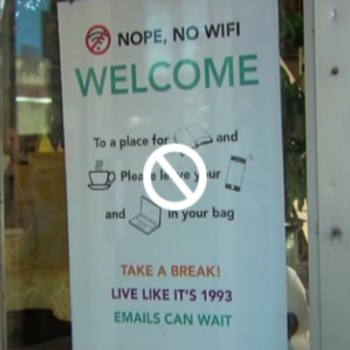 This bookstore just banned Wi-Fi for an applause-worthy reason