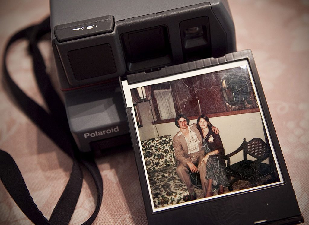 This new app lets you digitize old photographs, and we can't believe we didn't have this before