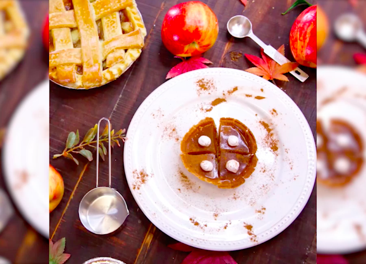 We're thankful for these adorable apple pie bourbon shots