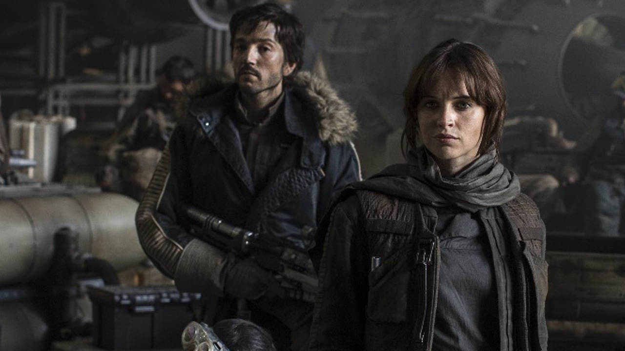 "This new ""Rogue One"" featurette gives the movie a super retro ""Star Wars"" feel"