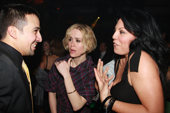 Someone explain this 2008 photo of Sarah Paulson yelling at Lin Manuel Miranda?