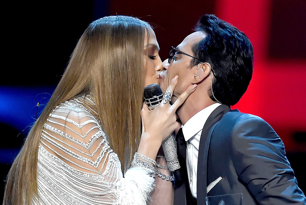 Jennifer Lopez kissed Marc Anthony at the Latin Grammys and the internet has lost it