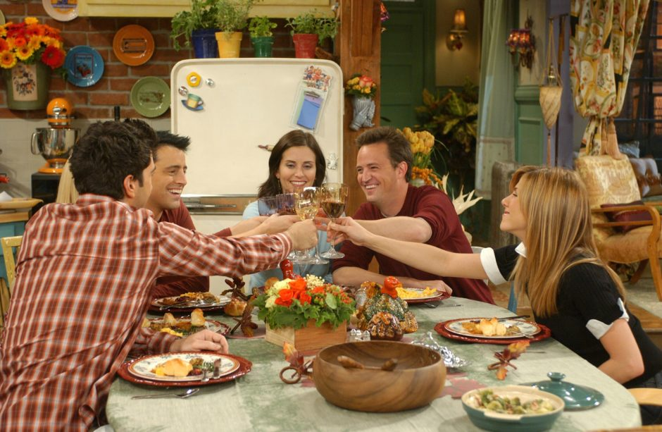 "Someone has released a recipe to make Ross' sandwich from THAT Thanksgiving episode of ""Friends"" and we are thankful"