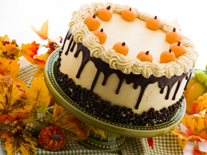 15 Thanksgiving Cakes Because Sometimes Pie Is Just Not Enough