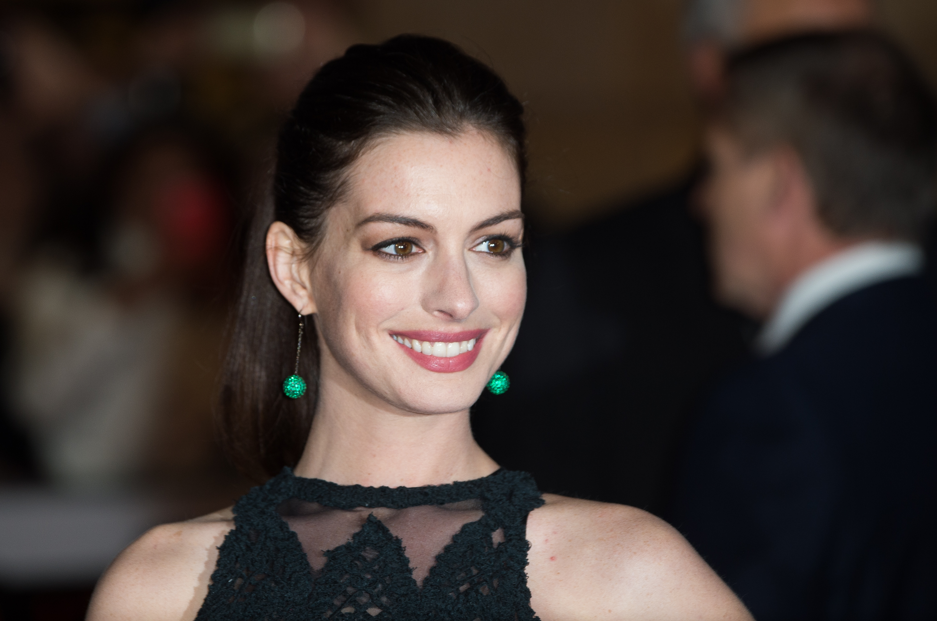 Anne Hathaway rocked combat boots to a gala and we're pretty impressed