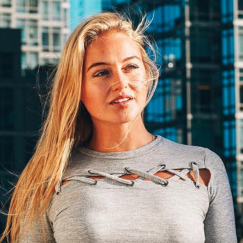 Iskra Lawrence just made watercolor jeans a thing and here's how to get the look