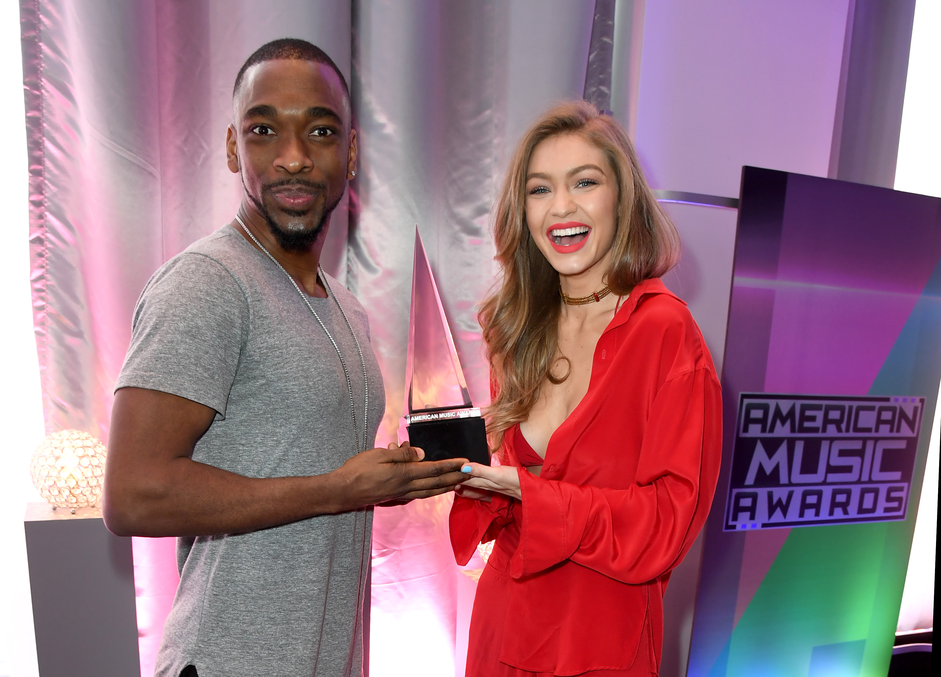 Jay Pharoah has just one problem about hosting the AMAs with Gigi Hadid