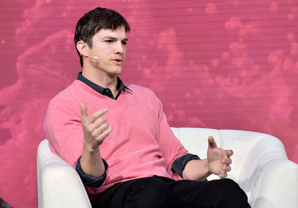 Ashton Kutcher just revealed that he stayed in Airbnbs for a year after his split with Demi, and, whoa